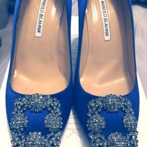 Manolo Blahnik Hangisi 70mm Satin Crystal-Blue